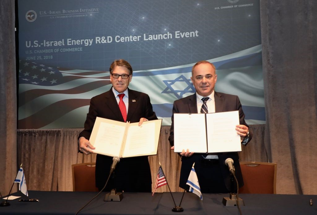 Steinitz-Perry-MoU-Signing-6-25-18-CREDIT-SHMULIK-ALMANY